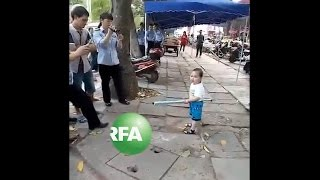Angry Three-year-old Uyghur Boy Defends Family Against Local Officials