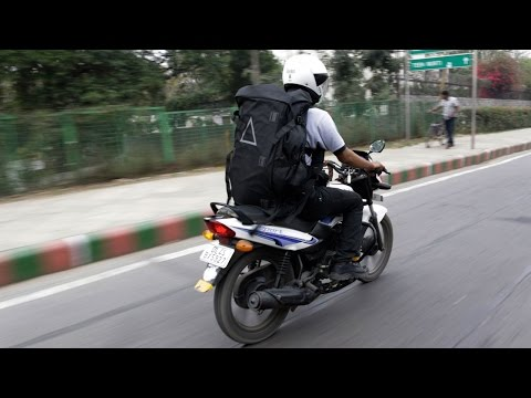In India, Amazon's Urban Sherpas Deliver by Bike