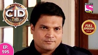 Subscribe to Sony Pal: http://www.youtube.com/sonypalindia Click to watch all the episodes of CID - https://www.youtube.com/playlist?list=PLfyXOEyr93G0VIOc9C0urR4pT9EKG12UW Share this video: https://youtu.be/bXDo6sLmsFA ---------------------------------------------------------------------------------------------------------- Episode  595: ---------------------- A middle-aged woman Damini runs a racket of fraud and identity theft on a big scale. She is contacted by a man called Girish for a client in Delhi. She is told to send a young woman to impersonate a lost heiress Swati. The mysterious client provides her with all the things and information necessary for creating identity proofs and a perfect impersonation. Damini's accomplice Udita takes place of Swati and lands up at a famous industrialist Balwant's house in Delhi whose daughter Swati has been missing for 16 years. Swati is accepted in the house with open arms and within a month Udita/Swati swindles the family without their knowledge. She flees the house, cheating both the client and Damini. The client sends Girish after Udita to punish her for double crossing them. Girish murders Udita in the train and beheads her so that she is never traced. The head is stuffed in a handbag and it lands up for sale in a boutique. CID finds the head and gets on the case. The cops find the head and trace it back to Delhi. The culprit turns out to be Balwant himself who used the identity of his lost daughter to pay back his huge debts by hiring Udita to  play Swati.   ----------------------------------------------------------------------------------------------------------- About CID: ----------------- The first thrilling investigative series on Indian Television is today one of the most popular shows on Sony Entertainment Television. Dramatic and absolutely unpredictable, C.I.D. has captivated viewers over the last eleven years and continues to keep audiences glued to their television sets with its thrilling plots and excitement. Also interwoven in its fast paced plots are the personal challenges that the C.I.D. team faces with non-stop adventure, tremendous pressure and risk, all in the name of duty.The series consists of hard-core police procedural stories dealing with investigation, detection and suspense. The protagonists of the serial are an elite group of police officers belonging to the Crime Investigation Department of the police force, led by ACP Pradyuman [played by the dynamic Shivaji Satam]. While the stories are plausible, there is an emphasis on dramatic plotting and technical complexities faced by the police. At every stage, the plot throws up intriguing twists and turns keeping the officers on the move as they track criminals, led by the smallest of clues.   More Useful Links : * Visit us at : http://www.sonyliv.com * Like us on Facebook : http://www.facebook.com/SonyLIV * Follow us on Twitter : http://www.twitter.com/SonyLIV Also get Sony LIV app on your mobile * Google Play - https://play.google.com/store/apps/de... * ITunes - https://itunes.apple.com/us/app/liv-s...