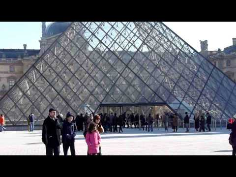 Kangatel at the Louvre