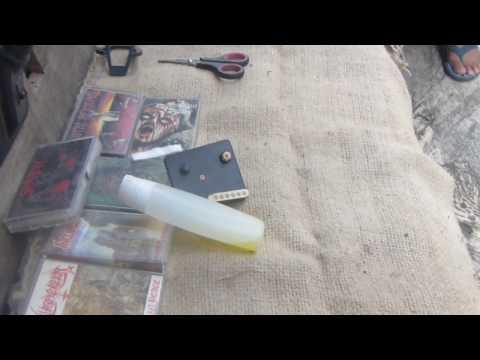 How To Clean A Cassette Tape (audio tape)/ Cara Membersihkan Pita Kaset