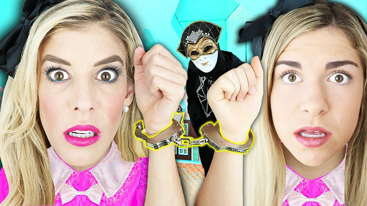 24 Hours Handcuffed to Twin inside Giant Dollhouse in Real Life! | Rebecca Zamolo