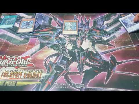 Blue Eyes Synchro Centric Sage Protector y Mausoleo