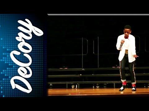 Kid nails Michael Jackson's Billie Jean at school talent show