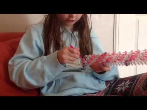 How to make a loom band mini handbag lipstick holder part 3