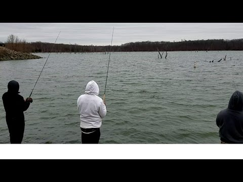 Winter Time Crappie Fishing . EP 7