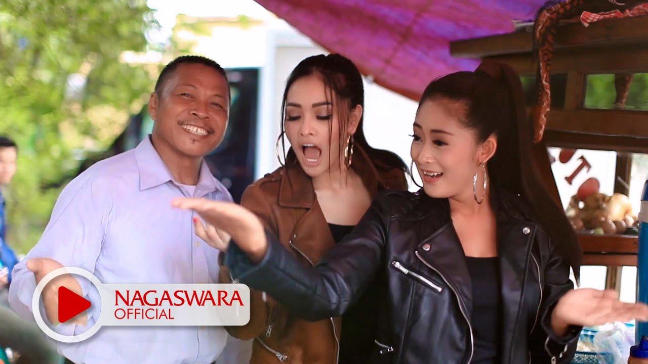 Duo Anggrek - Goyang Nai Padang#goyangnasipdg