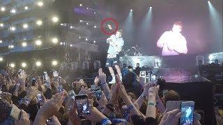 justin bieber on singing despacito live fan throws a bottle summerburst festival 2017