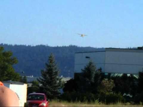 Kely Kincaid flying his FlyZone Super Cub.