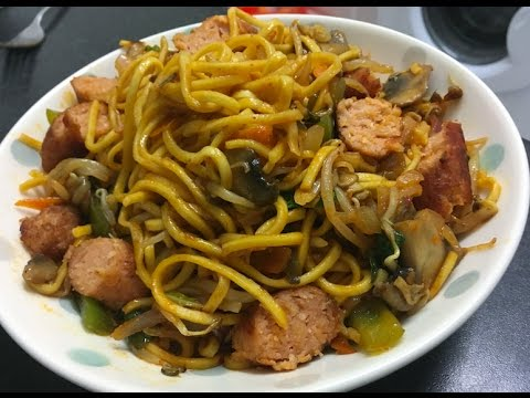 Egg Noodle Vegetable & Linda McCartney Sausage Stir Fry - healthy vegetarian dinner recipe