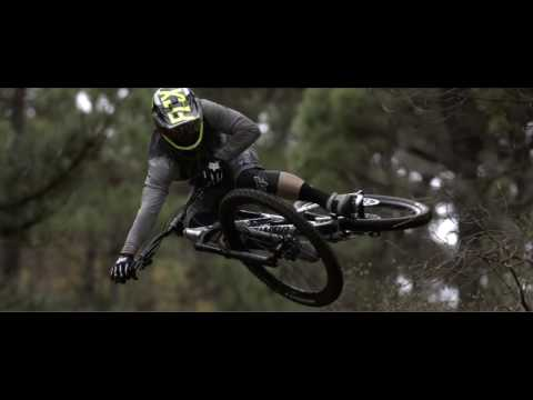 COMMENCAL META V4.2 BRUSHED - Remi Thirion