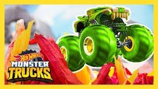 ПРЫЖОК MONSTER TRUCKS ЧЕРЕЗ ОГНЕННУЮ СТЕНУ!   Monster Trucks   Hot Wheels