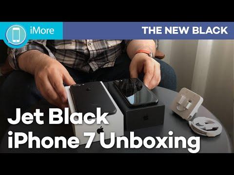 iPhone 7 Jet Black Unboxing!