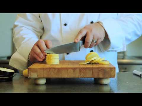 How to Cut, Julienne and Dice Yellow Squash