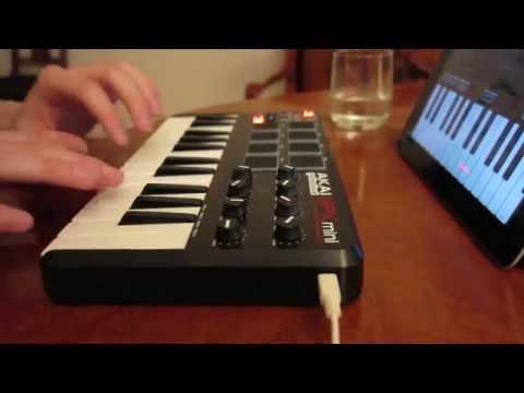 Beat Making #1 - iPad GarageBand & Akai MPK Mini