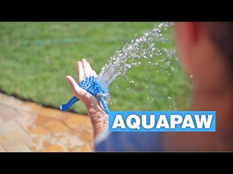 Aquapaw Palm-Sized Dog Scrubber and Sprayer