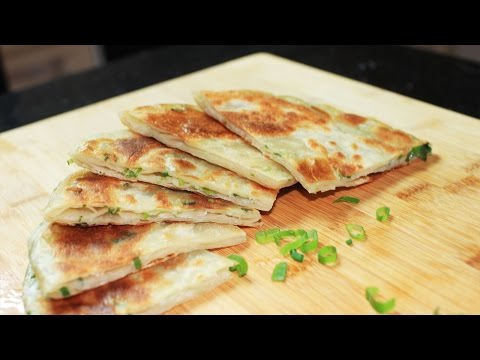 Green Onion Pancake Recipe /正宗葱油饼