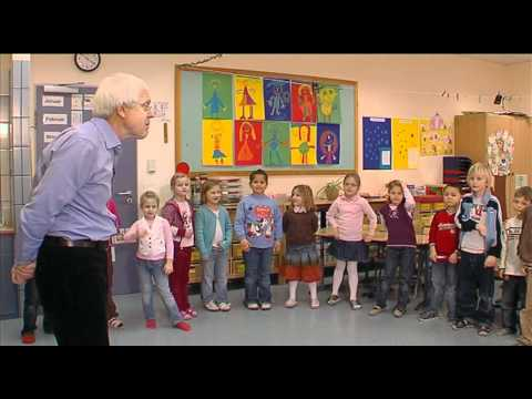 Total Physical Response (TPR) - Teacher Training film no. 8
