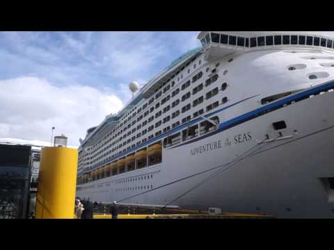 Akureyri, Iceland, Port Entrance, Visitor Centre, Pathway to City, Adventure of the Seas 00071