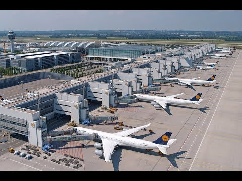 Top 10 Best Airports in the World 2017