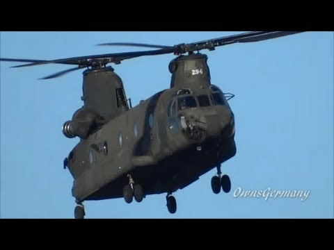 U.S. Army Boeing CH-47 Chinook Helicopter Long & Low FlyOver @ KPAE