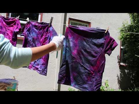 DIY Galaxy Tie Dye