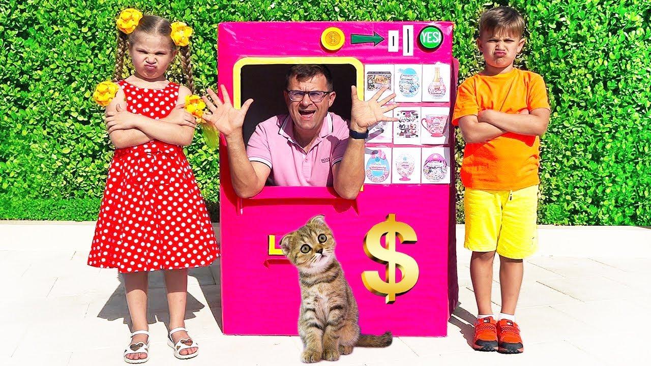 Диана и Рома - весёлые истории с игрушками для детей