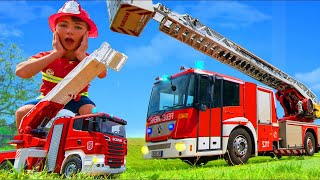 Histoires de camions de pompiers avec des jouets pour enfants - Fire Truck Toys for kids