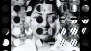 Lata Mangeshkar - Ye Raat Bhi Ja Rahi Hai - Sau Saal Baad (1966)