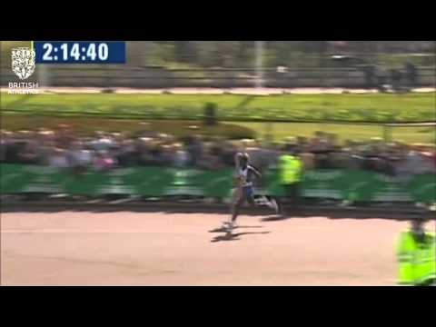 #TBT: Paula Radcliffe achieves world record at the London Marathon in 2003