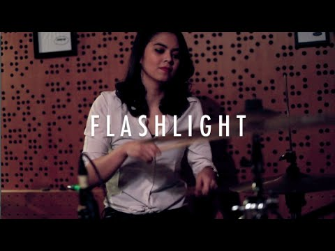 Flashlight - Jessie J Cover (Rani Ramadhany, Gloria Jessica, Karina, Sinta, Elen)