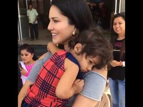 cute baby with sunny leone refused to lived with her