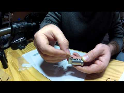 R1200GS Pannier locks / key cylinder Installation