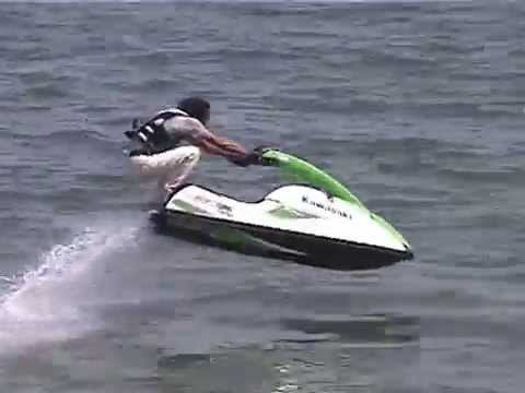 Jet Ski Freestyle Trick:Hopping + Submarine