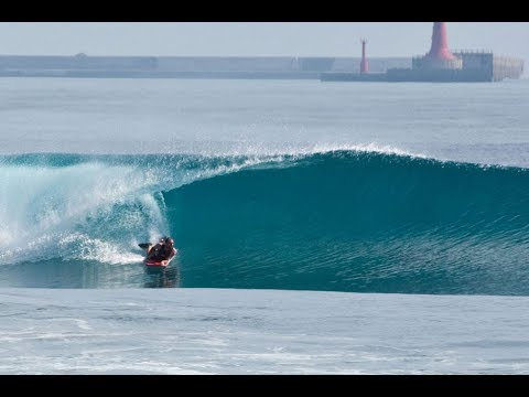 One session in Taiwan: Bodyboarding perfect waves