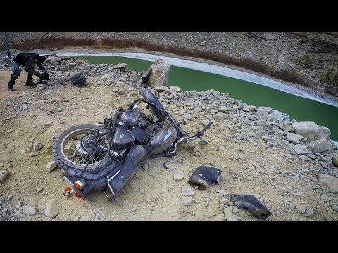 WINTER LADAKH RIDE | A BAD CRASH | LEH TO HANLE | EP - 2 |