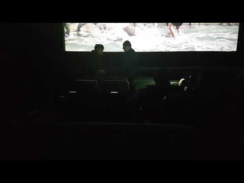 When a homeless guy who hates black panther goes to watch black panther - funny moments