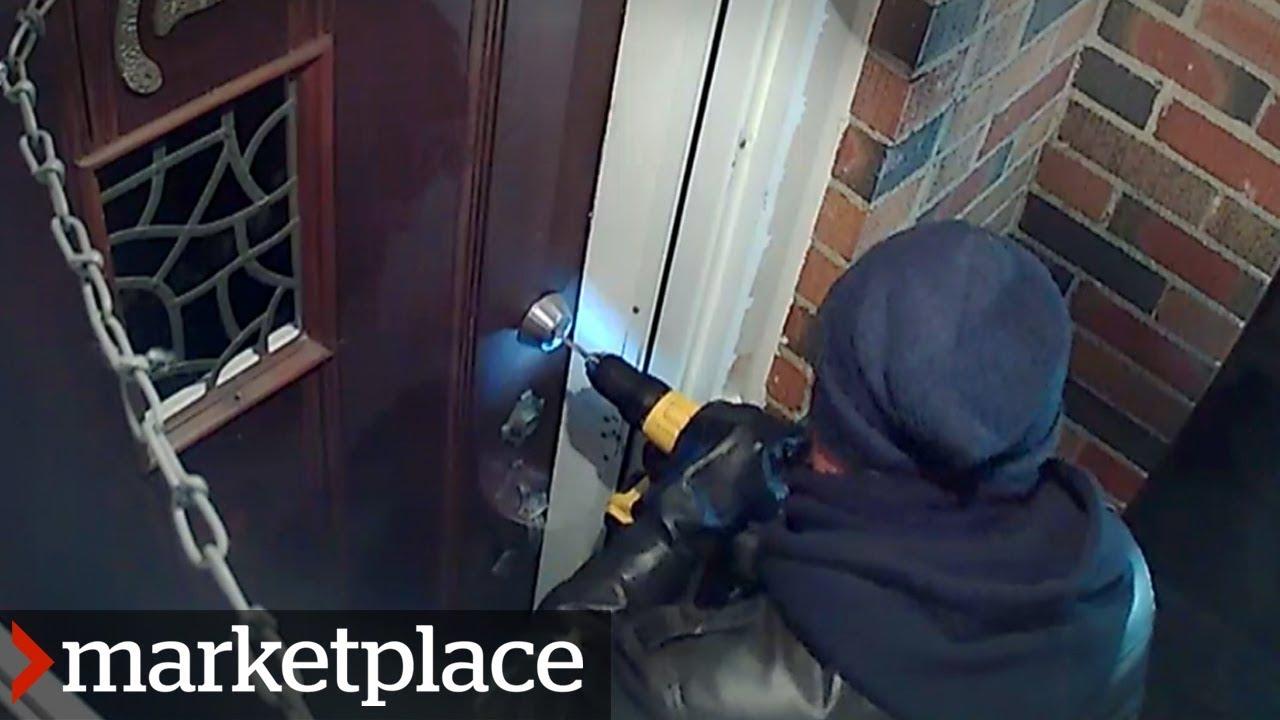 Locksmith ripoffs: Hidden camera investigation (Marketplace)