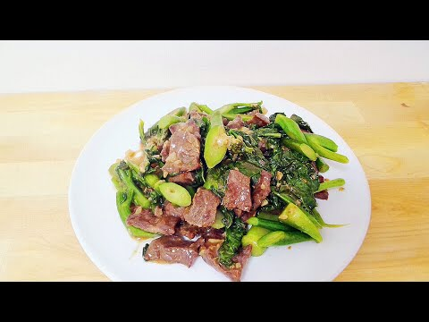 CHINESE BROCCOLI (GAILAN) AND BEEF STIR FRY