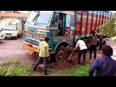 Overloaded Truck Fail  Road side Fail
