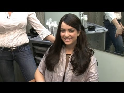 Hair Styling Ideas for Long Hair With Side Bangs That Is Not Layered : Wig Care