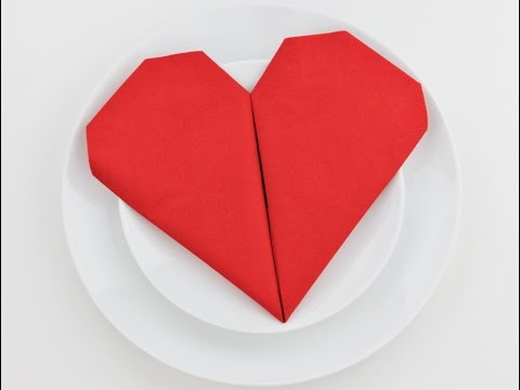 How to fold a napkin into a heart - Easy Tutorial - DIY