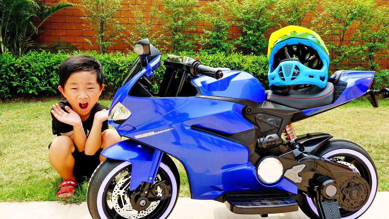 슈퍼 바이크 전동 오토바이 예준이의 전동 자동차 조립 타요 버스 공구놀이 Kids Super Bike Unboxing Power Wheels Car Toy Video