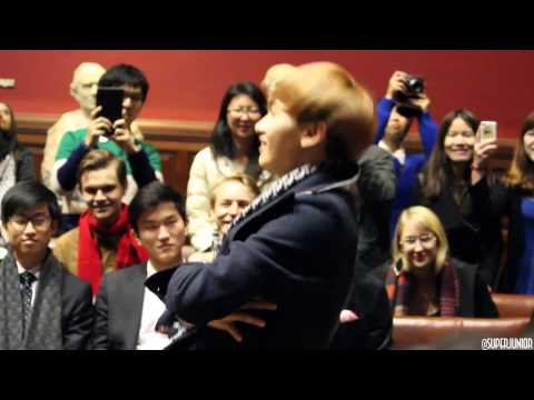 [FANCAM] Eunhyuk dancing to Sorry Sorry at Oxford Event