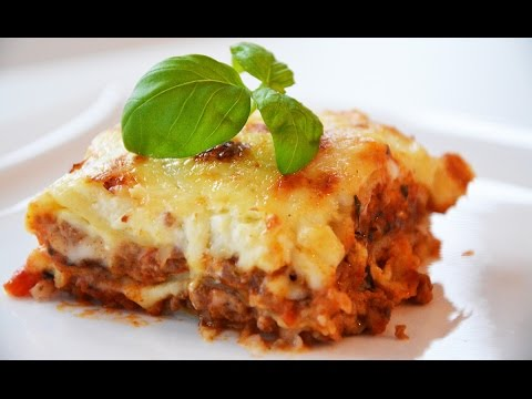 Best Lasagna Bolognese (with bechamel)