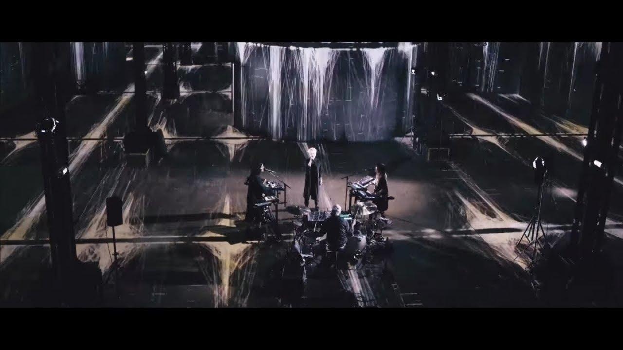 Jeanne Added - Both Sides (Live @ L'Atelier des Lumières)