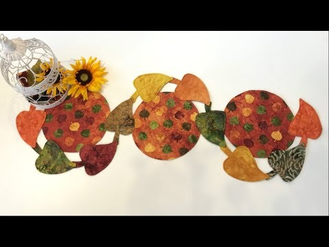 12 Minute Fall Leaf Table Runner