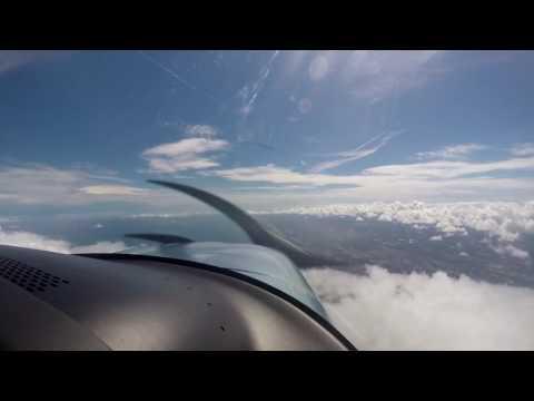 Cirrus SR-22 Storm Dodging in Southern Florida. Arrival Key West. KEYW CirrusMax FTW