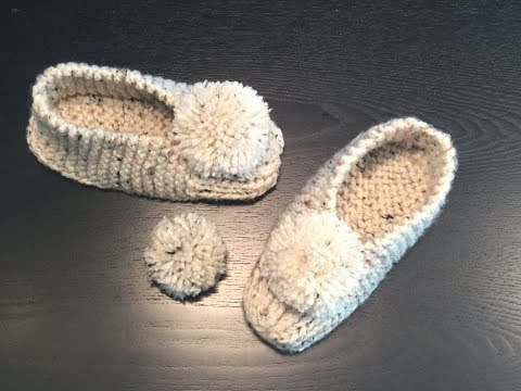 HOW TO MAKE YARN POM POMS - for your knitted slippers