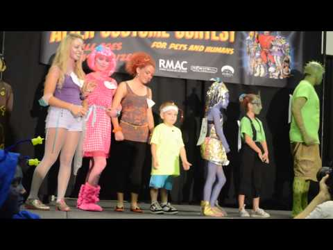 Winners of the Kid Alien Costume Contest 2013